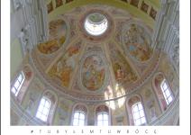 Wnętrze bazyliki w Trzemesznie. Zdjęcie nadesłane przez Urząd Miejski Trzemeszna