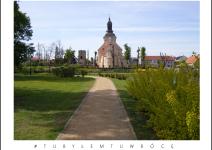 Kościół i park w Koźminku. Zdjęcie nadesłane przez Urząd Gminy Koźminek