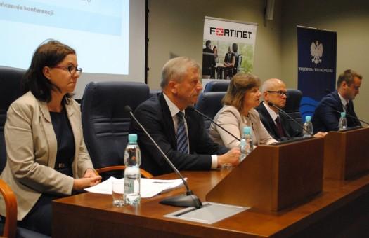 Spotkanie Wiceministra Administracji i Cyfryzacji, Bogdana Dombrowskiego  z samorządowcami z wielkopolski